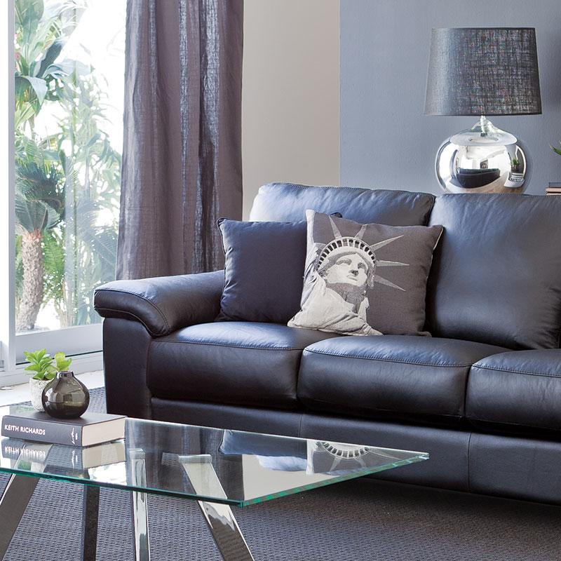 Caviar Lounge Suite